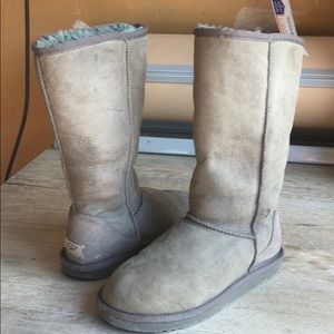 ❤️Used Classic Ugg Tall Gray boots sz 7